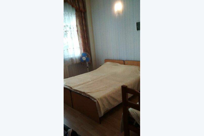 Эконом 1 этаж, улица Циолковского, 10, Геленджик - Фотография 1