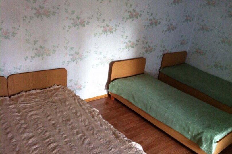 4-х местный эконом с туалетом и душем в номере , Миндальная улица, 2А, Малореченское - Фотография 1
