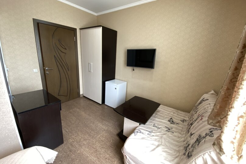 Комната с двухспальной кроватью 1 этаж, улица Короленко, 5, Адлер - Фотография 2