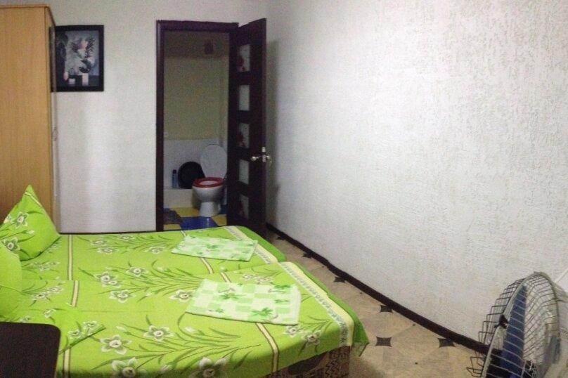 Стандарт двухместный с удобствами в номере, Миндальная улица, 2А, Малореченское - Фотография 1