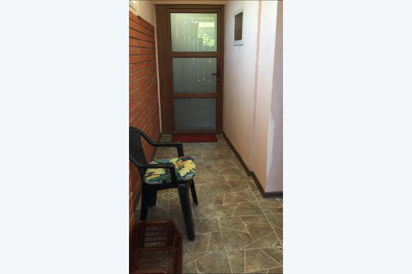 Домик-апартаменты с отдельным входом на 6-7 гостей, 75 кв.м. на 6 человек, 2 спальни, улица Ленина, 49Г, Морское - Фотография 7