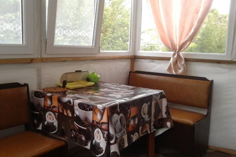 """Гостевой номер в частном доме """"На Седова 18"""", улица Седова, 18 на 1 комнату - Фотография 9"""