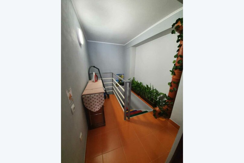 """Гостевой дом """"Свирское ущелье"""", Свирская улица, 22 на 4 комнаты - Фотография 43"""