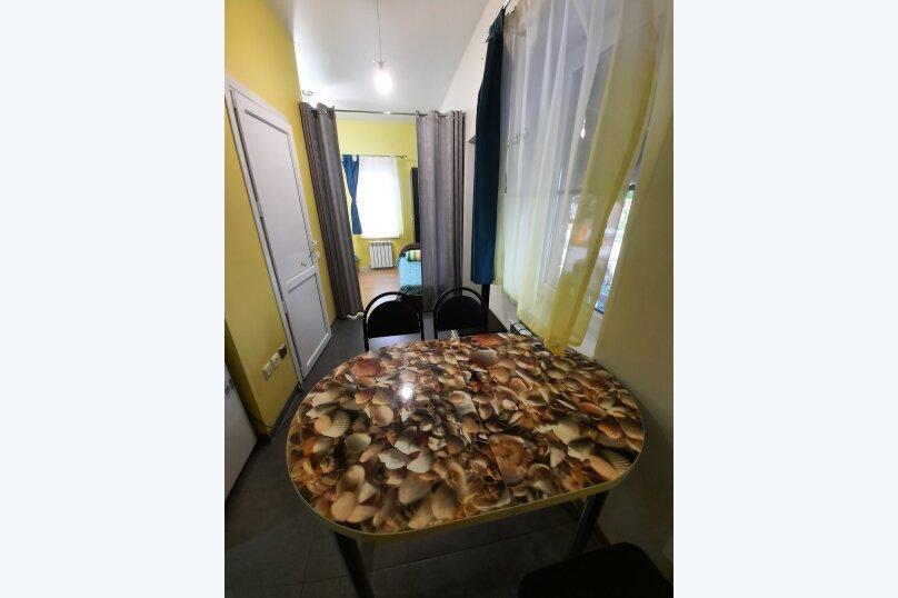 """Гостевой дом """"Домик с беседкой"""", 5-й переулок, 1 на 1 комнату - Фотография 15"""