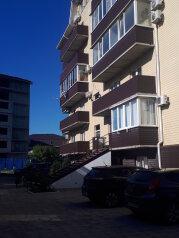 1-комн. квартира, 38 кв.м. на 4 человека, Кооперативная улица, 7Б, Джубга - Фотография 1