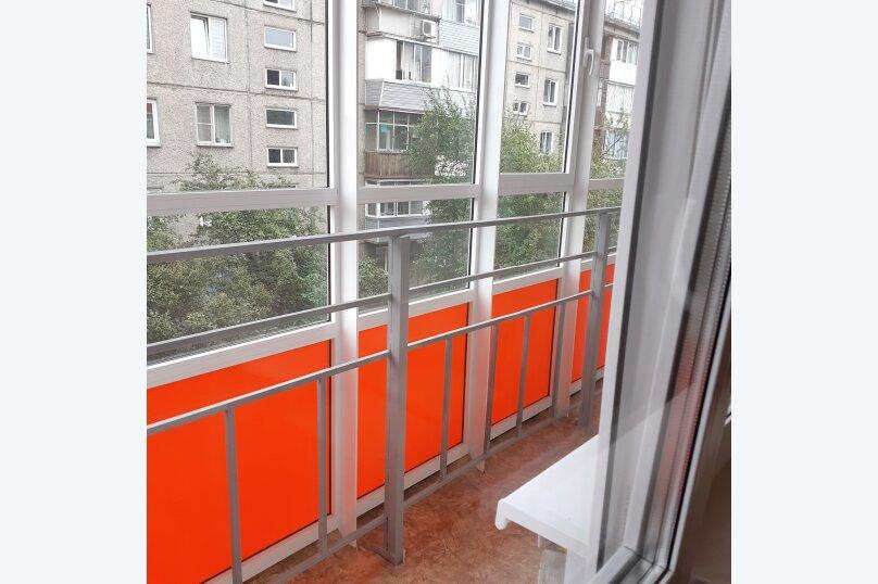 1-комн. квартира, 33 кв.м. на 3 человека, 60 лет октября, 35, Красноярск - Фотография 5