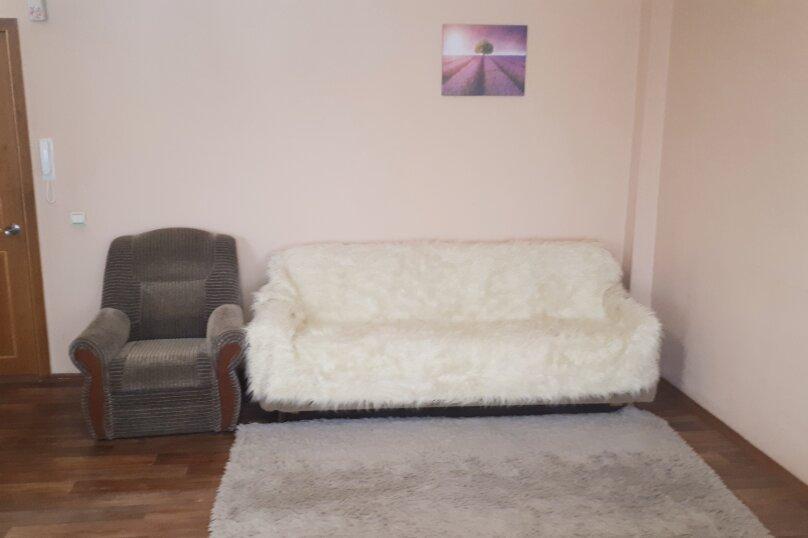 1-комн. квартира, 34 кв.м. на 4 человека, улица Рахова, 149/157, Саратов - Фотография 2