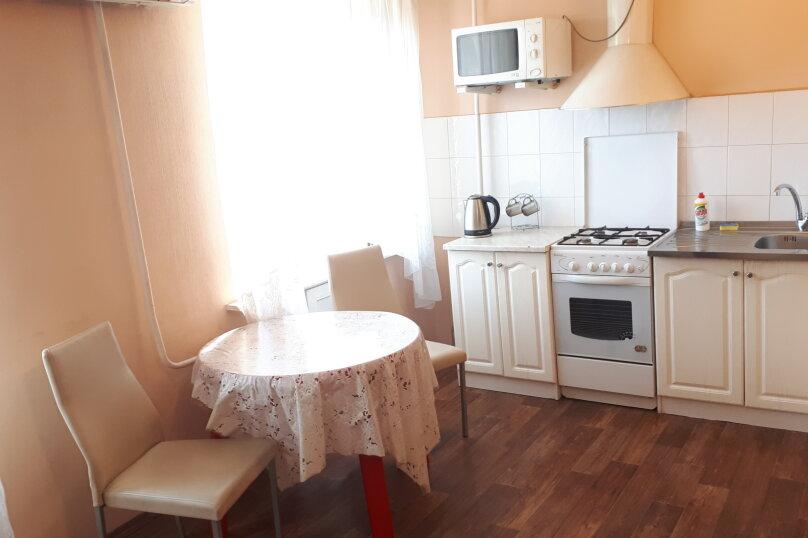 1-комн. квартира, 34 кв.м. на 4 человека, улица Рахова, 149/157, Саратов - Фотография 3