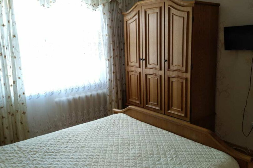 2-комн. квартира, 62 кв.м. на 4 человека, улица Красных Партизан, 161/3, Краснодар - Фотография 4