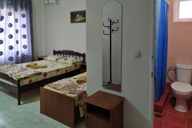 """Гостевой дом """"Одиссей"""", Мирный переулок, 8 на 10 комнат - Фотография 57"""