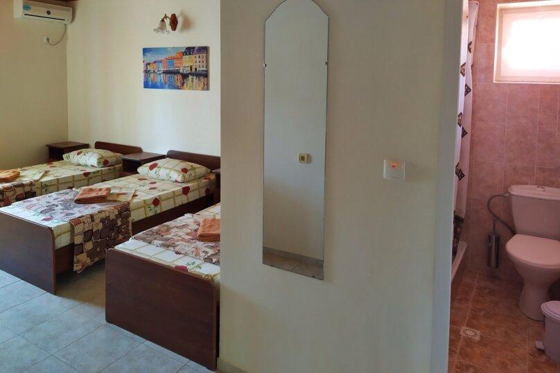 """Гостевой дом """"Одиссей"""", Мирный переулок, 8 на 10 комнат - Фотография 51"""