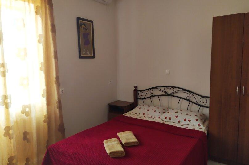 """Гостевой дом """"Одиссей"""", Мирный переулок, 8 на 10 комнат - Фотография 38"""