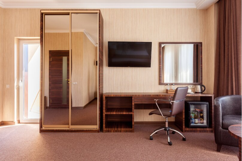 Отель «Marton Palace», улица Мира, 70 на 60 номеров - Фотография 36