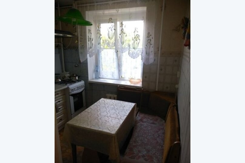 2-комн. квартира, 45 кв.м. на 4 человека, проспект Ленина, 50, Евпатория - Фотография 8
