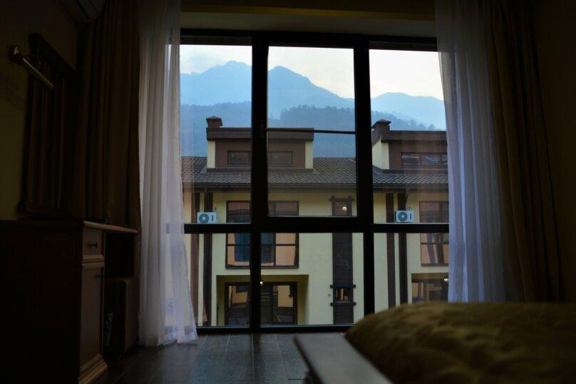 """Гостиничный Комплекс  """"Mountain Villas"""", Берёзовая улица, 106/1 на 12 комнат - Фотография 28"""