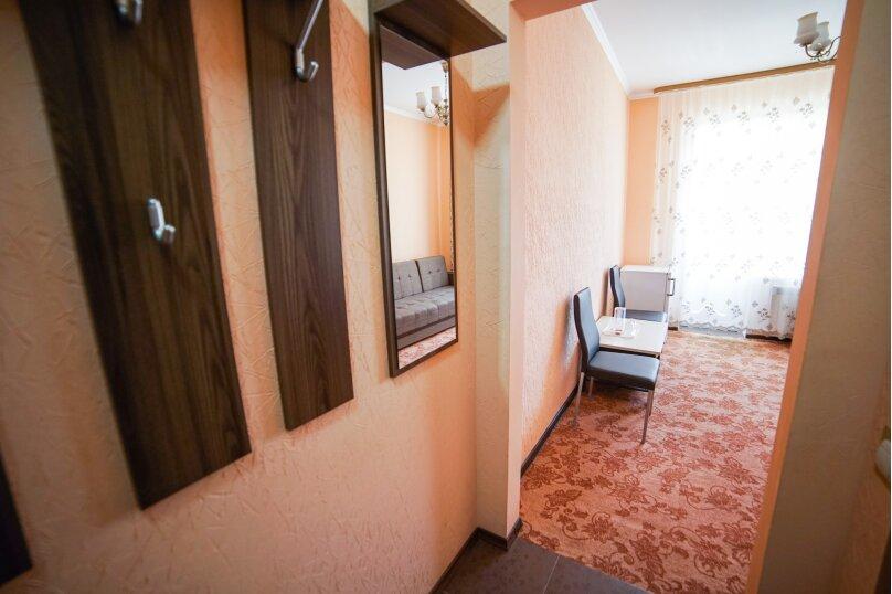2-х комнатный 1 эт. №3, улица Лермонтова, 9, Витязево - Фотография 6