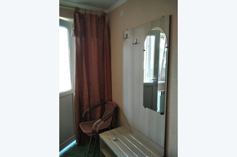 Двухместный: Комната, Стандарт, 2-местный, 1-комнатный, улица Красных Партизан, 68, Геленджик - Фотография 22