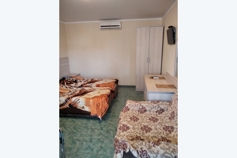 Двухместный: Комната, Стандарт, 2-местный, 1-комнатный, улица Красных Партизан, 68, Геленджик - Фотография 26