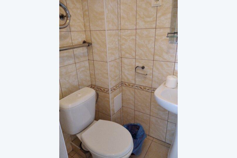 Двухместный: Комната, Стандарт, 2-местный, 1-комнатный, улица Красных Партизан, 68, Геленджик - Фотография 30