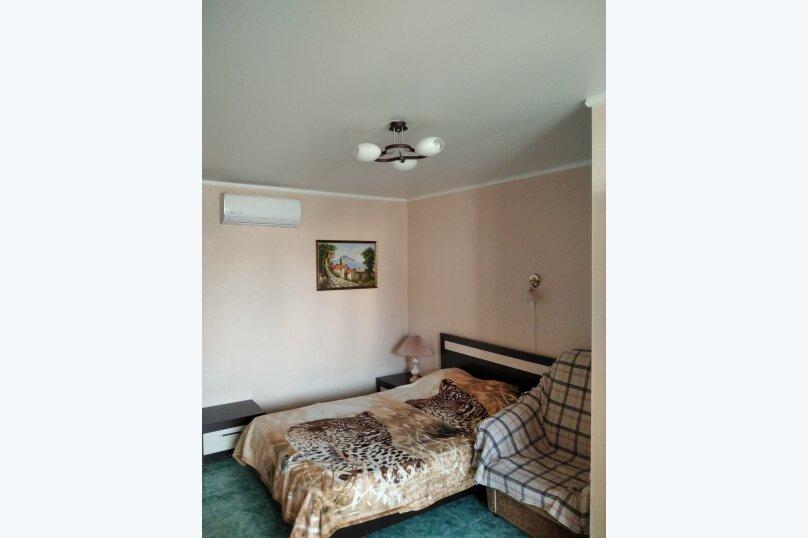 Двухместный: Комната, Стандарт, 2-местный, 1-комнатный, улица Красных Партизан, 68, Геленджик - Фотография 36