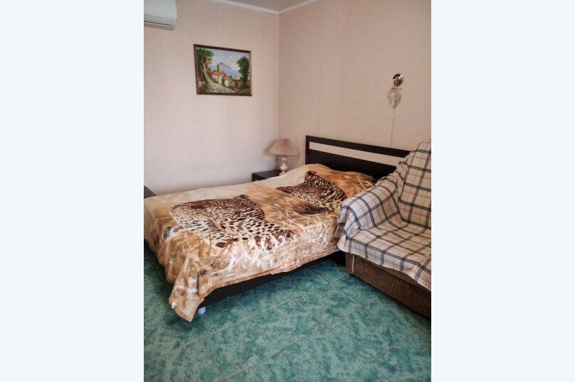 Двухместный: Комната, Стандарт, 2-местный, 1-комнатный, улица Красных Партизан, 68, Геленджик - Фотография 37