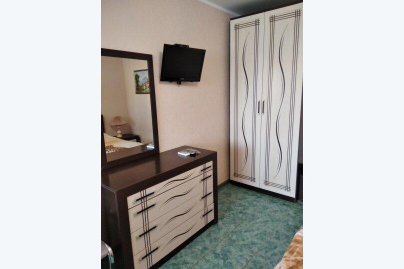 Двухместный: Комната, Стандарт, 2-местный, 1-комнатный, улица Красных Партизан, 68, Геленджик - Фотография 38