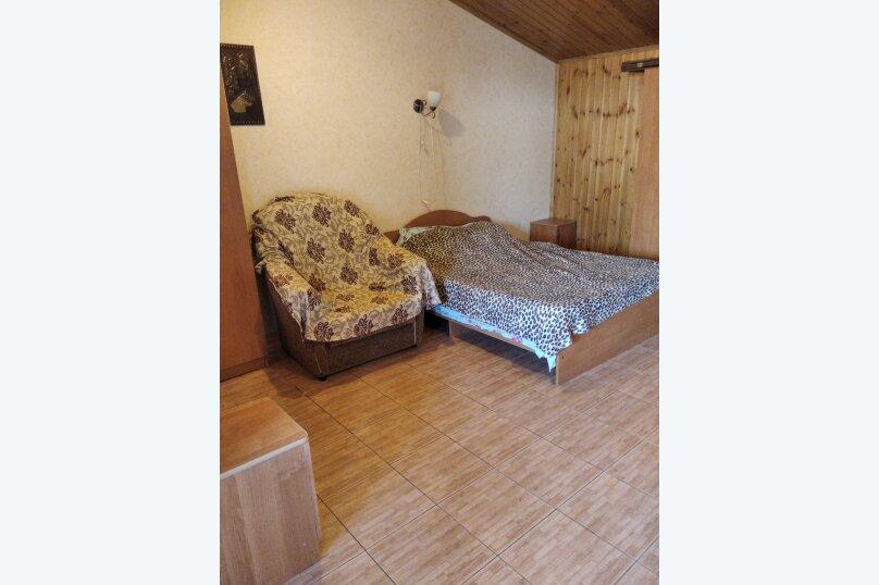Четырехместный: Комната, Стандарт, 4-местный, 1-комнатный, улица Красных Партизан, 68, Геленджик - Фотография 14