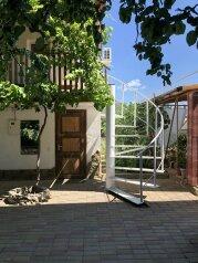 Гостевой дом с комфортом, улица Маштака Исы, 31 на 2 комнаты - Фотография 1