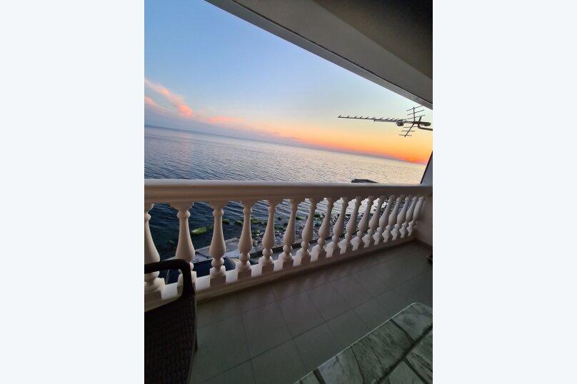 3-х местный номер с балконом вид на море, Азовская улица, 17, село Горное Лоо, Сочи - Фотография 3