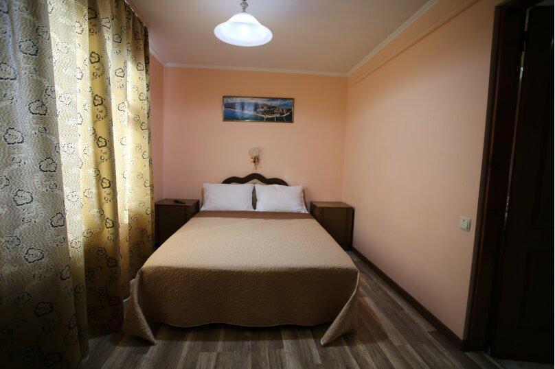 2 этаж дома 2 комнаты под ключ, 40 кв.м. на 6 человек, 2 спальни, Русская улица, 49, Феодосия - Фотография 16