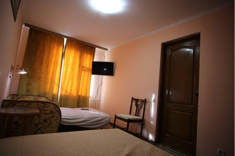 2 этаж дома 2 комнаты под ключ, 40 кв.м. на 6 человек, 2 спальни, Русская улица, 49, Феодосия - Фотография 17