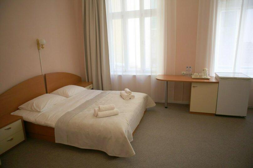 Стандарт Плюс (две кровати) вид на парк, Поликуровская улица, 25к8, Ялта - Фотография 1