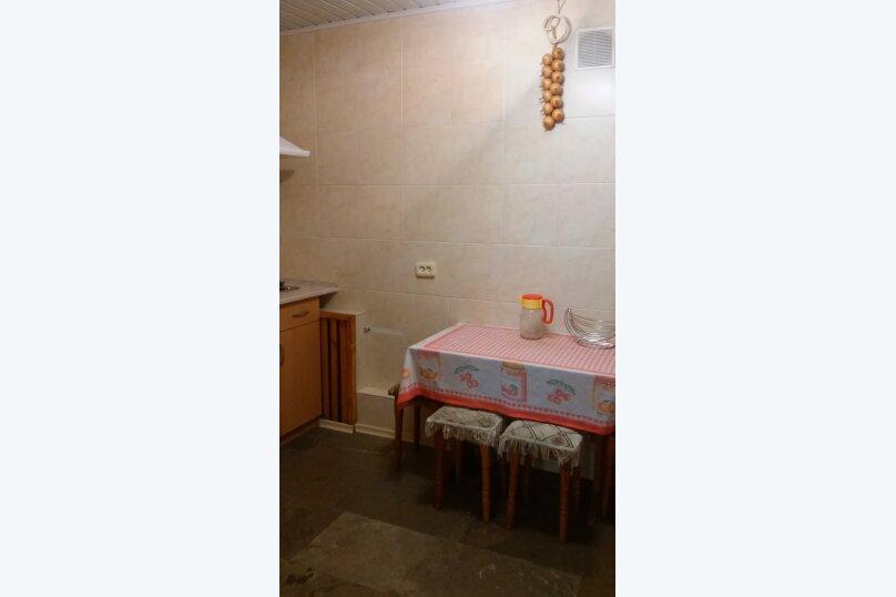Частное домовладение на 8 человек, Октябрьская улица, 21, Алушта - Фотография 15