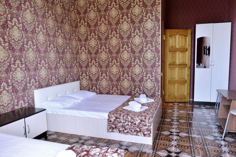 """Гостевой дом """"У Азы"""", улица Чкалова, 36А на 9 комнат - Фотография 15"""