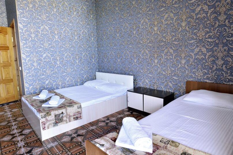 """Гостевой дом """"У Азы"""", улица Чкалова, 36А на 9 комнат - Фотография 21"""