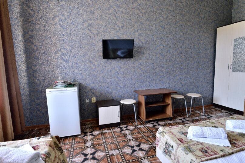 """Гостевой дом """"У Азы"""", улица Чкалова, 36А на 9 комнат - Фотография 22"""
