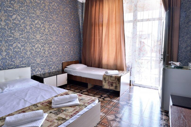 """Гостевой дом """"У Азы"""", улица Чкалова, 36А на 9 комнат - Фотография 23"""