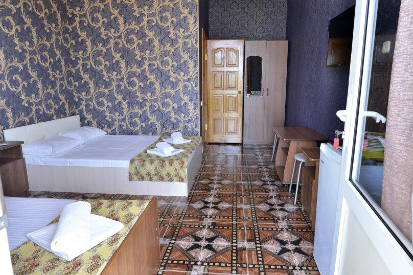 """Гостевой дом """"У Азы"""", улица Чкалова, 36А на 9 комнат - Фотография 40"""