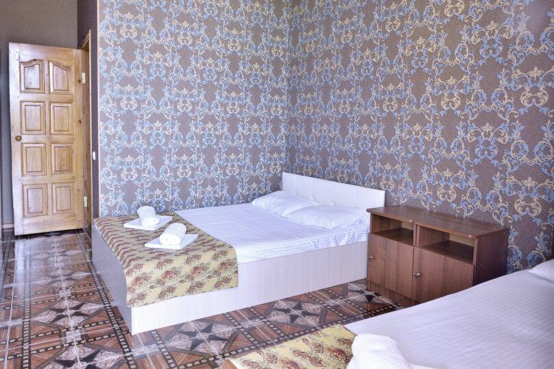 """Гостевой дом """"У Азы"""", улица Чкалова, 36А на 9 комнат - Фотография 45"""