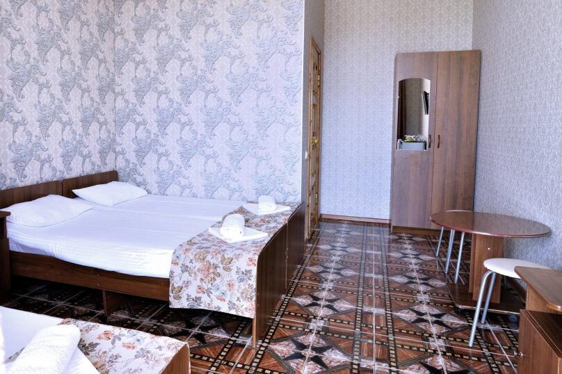 """Гостевой дом """"У Азы"""", улица Чкалова, 36А на 9 комнат - Фотография 46"""