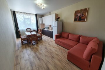 1-комн. квартира, 54 кв.м. на 5 человек, Черноморская набережная, 1И, Феодосия - Фотография 1