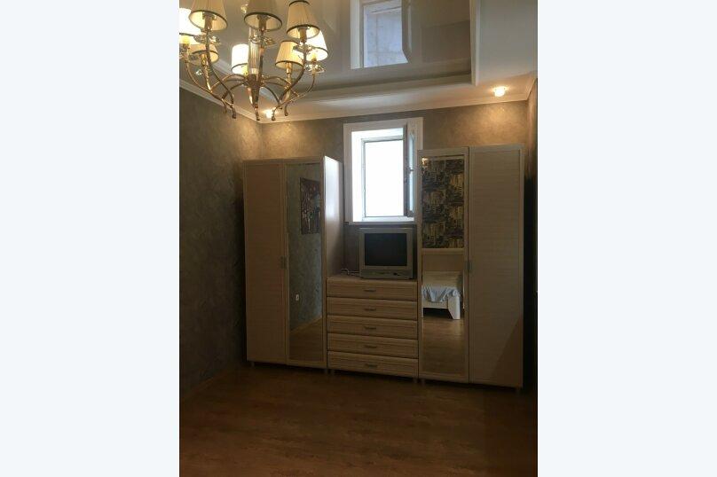 1-комн. квартира, 50 кв.м. на 4 человека, улица Бирюлёва, 99, Севастополь - Фотография 5