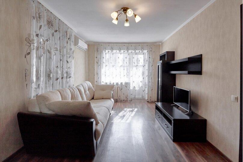 1-комн. квартира, 37 кв.м. на 3 человека, проспект Ленина, 121, Ростов-на-Дону - Фотография 1
