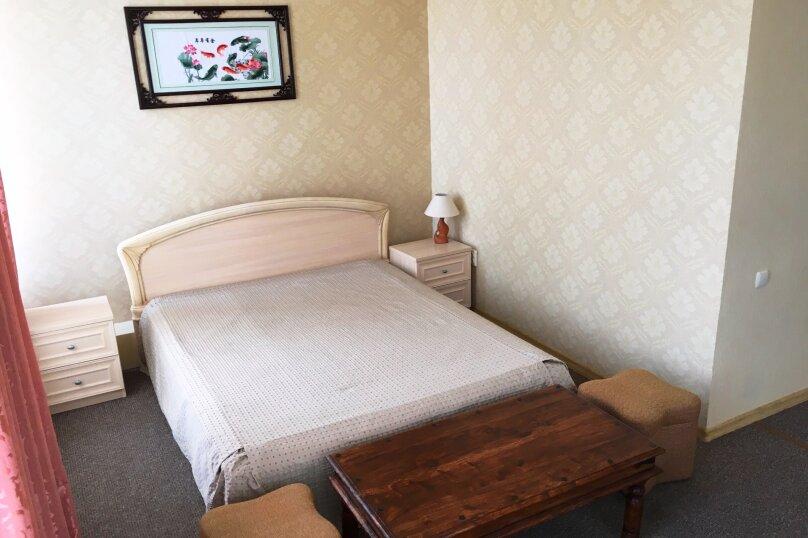 Комфорт четырехместный, Алупкинское шоссе , 14, Курпаты, Ялта - Фотография 1