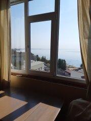 1-комн. квартира, 54 кв.м. на 6 человек, Черноморская набережная, 1И, Феодосия - Фотография 1