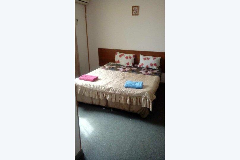 """Гостевой дом """"СемьЯ"""", Херсонская улица, 43 на 20 комнат - Фотография 2"""