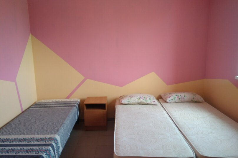 """Гостевой дом """"На Абрикосовой 235"""", Абрикосовая , 235 на 9 комнат - Фотография 26"""