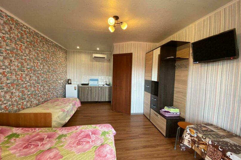 """Гостиница """"Апельсин"""", улица Антонова, 1Г на 3 комнаты - Фотография 13"""
