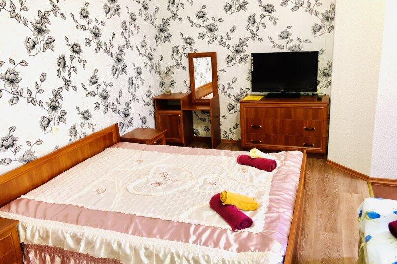 """Гостевой дом """"Янтарь"""", Проезжая улица, 3 на 11 комнат - Фотография 45"""