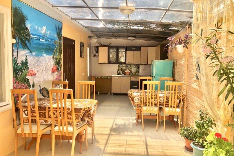 """Гостевой дом """"Янтарь"""", Проезжая улица, 3 на 11 комнат - Фотография 3"""